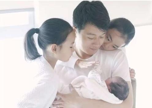 佟大为三胎被质疑超生 回应:儿子不是中国籍而