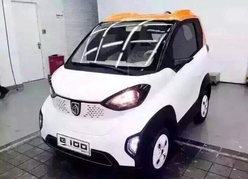 宝骏首款电动车E100将于明年正式上市高清图片